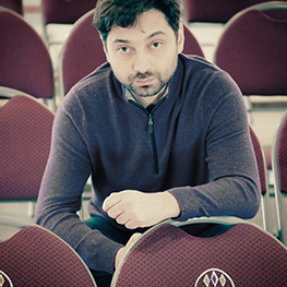Picture of artistic director of Arlekin Players Theatre Igor Golyak.